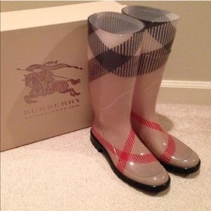 Super cute Burberry rain boots